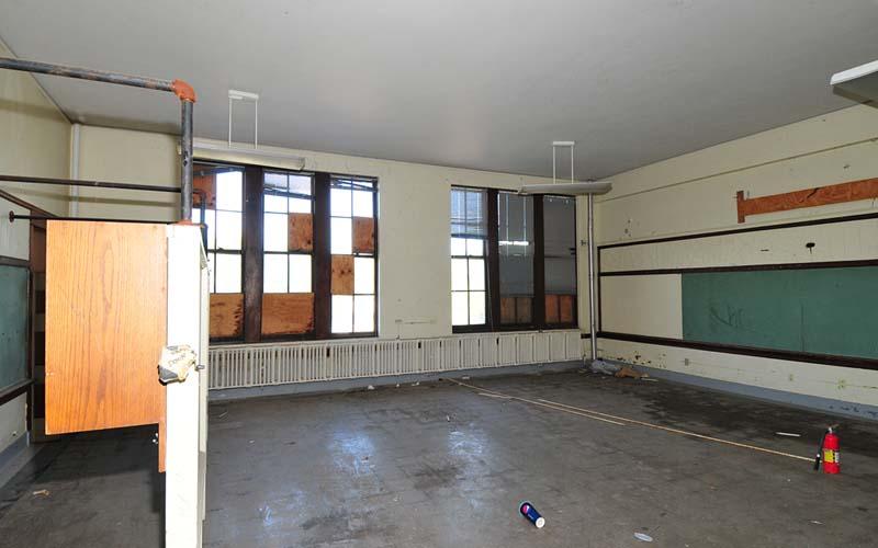 Seven Oaks Interior Before