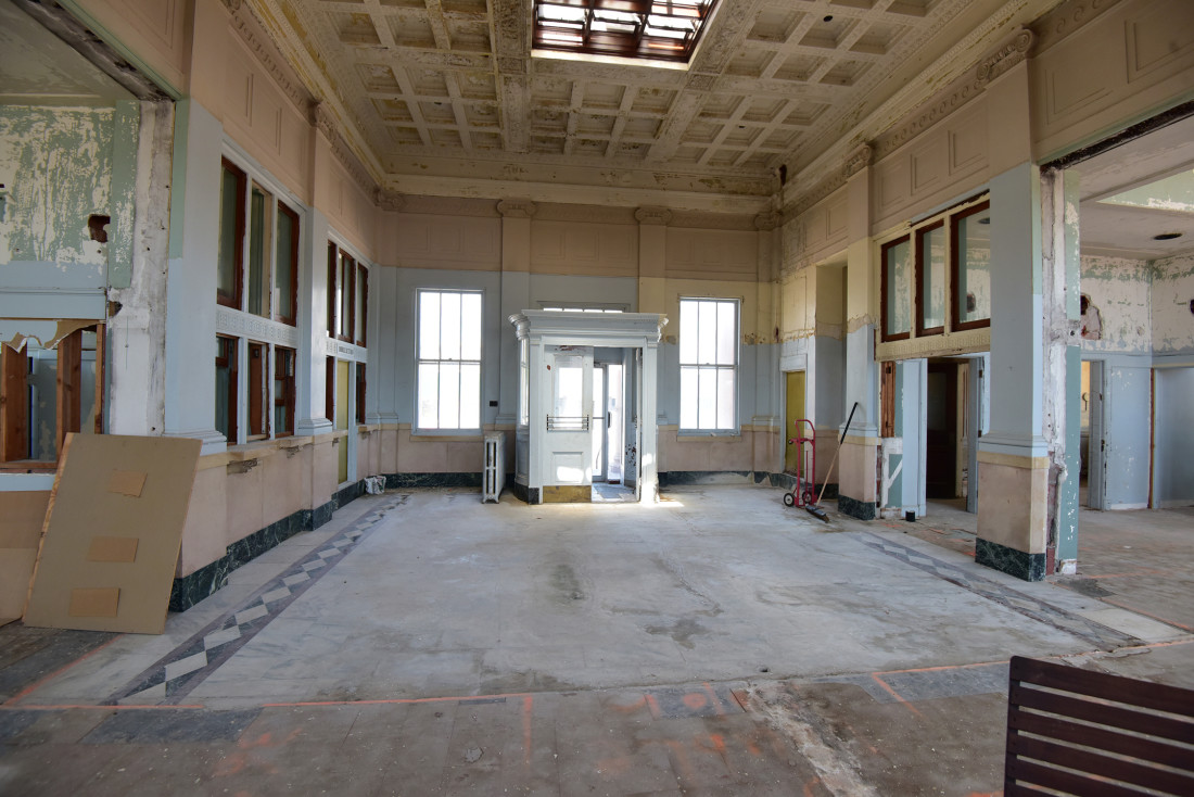 Before Photo of the Ottawa Post Office Entry